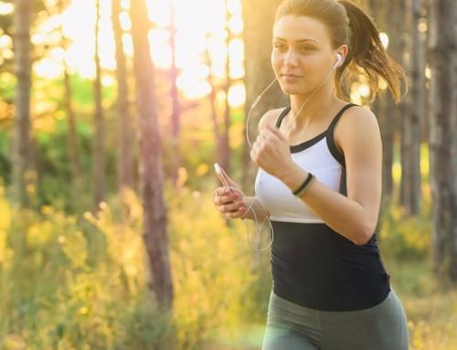 Równowaga hormonalna u kobiet. W czym pomoże pyłek sosnowy?