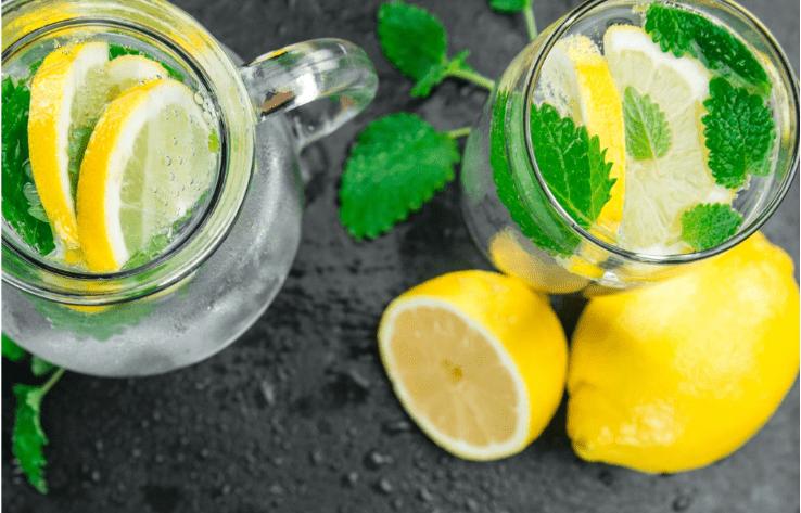 Lemoniada z pyłkiem sosnowym